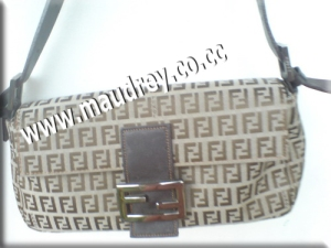 Women bag - pic 2